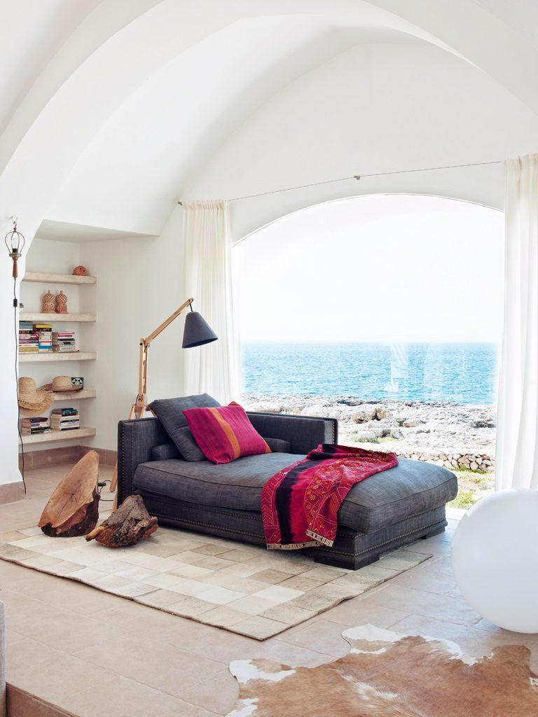 relaxyvistas 768x1024 - Un precioso de refugio otoñal en una casa llena de luz en Menorca (Baleares)