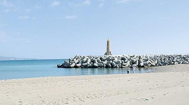 rioverde puertobanus - 6 playas en la Costa del Sol para una escapada de vacaciones en Semana Santa