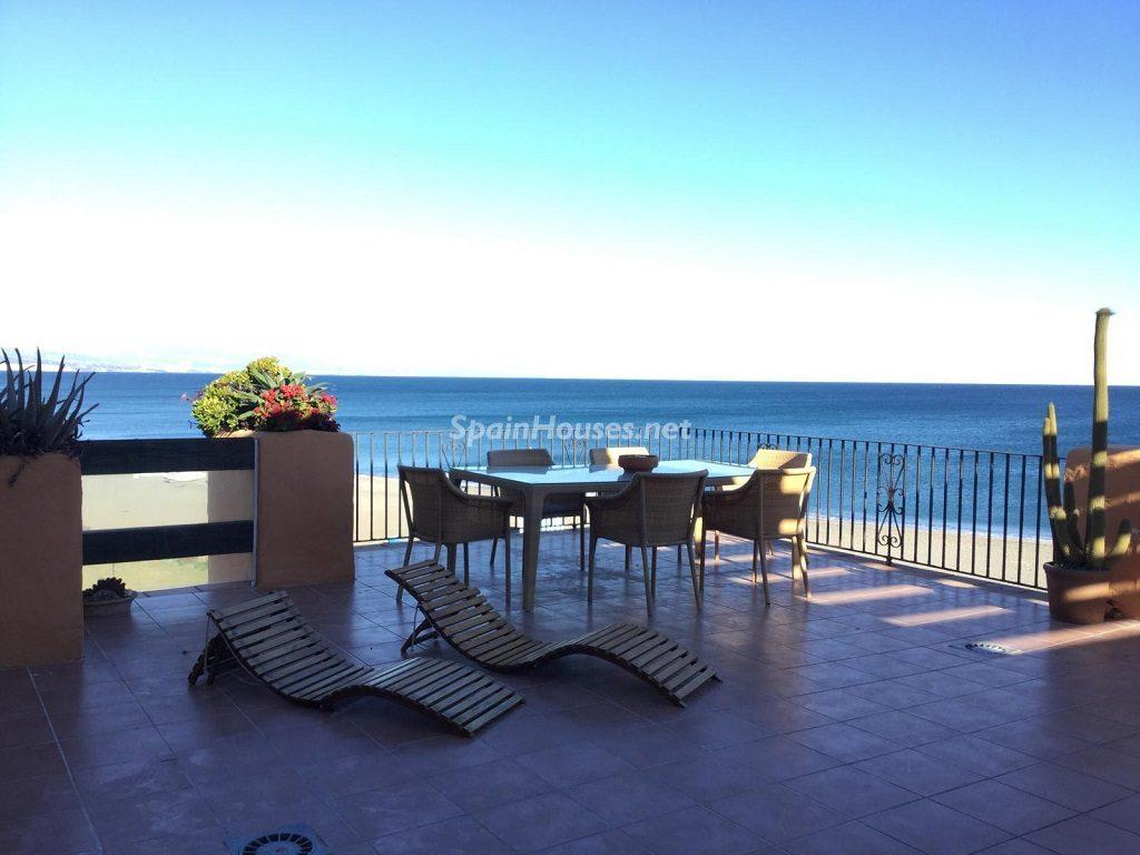 sabinillas malaga 1024x768 - Veranos de lujo en 19 espectaculares terrazas junto al mar