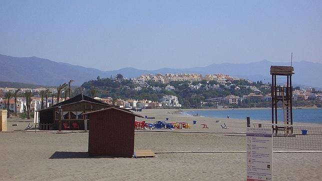 sabinillas manilva - 6 playas en la Costa del Sol para una escapada de vacaciones en Semana Santa