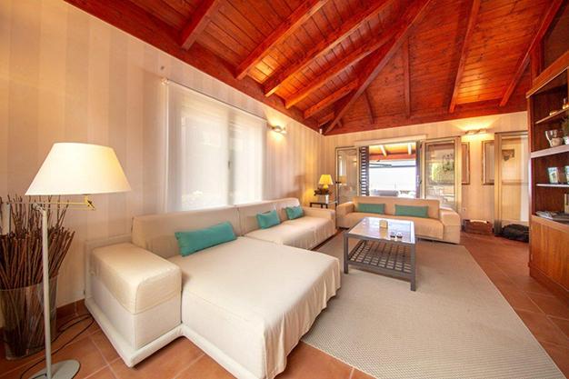 salón 2 4 - Villa con vistas al mar en Tenerife: una casa de ensueño