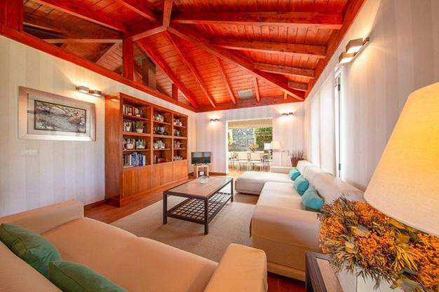 salón 8 - Villa con vistas al mar en Tenerife: una casa de ensueño