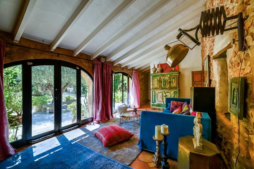 salón - Encanto rústico y bohemio en una preciosa casa en Jávea, Costa Blanca (Alicante)