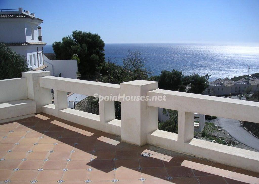 salobrena granada 1 1024x727 - 15 pisos en alquiler con una decoración moderna y urbana o muy cerquita de la playa