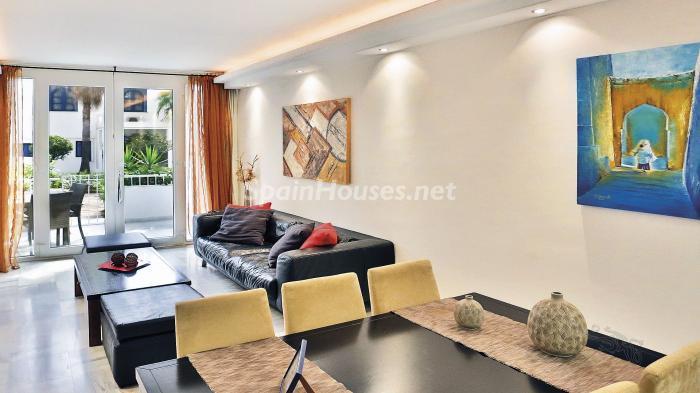 salon 1 - Precioso apartamento con decoración elegante y serena junto al mar en Marbella