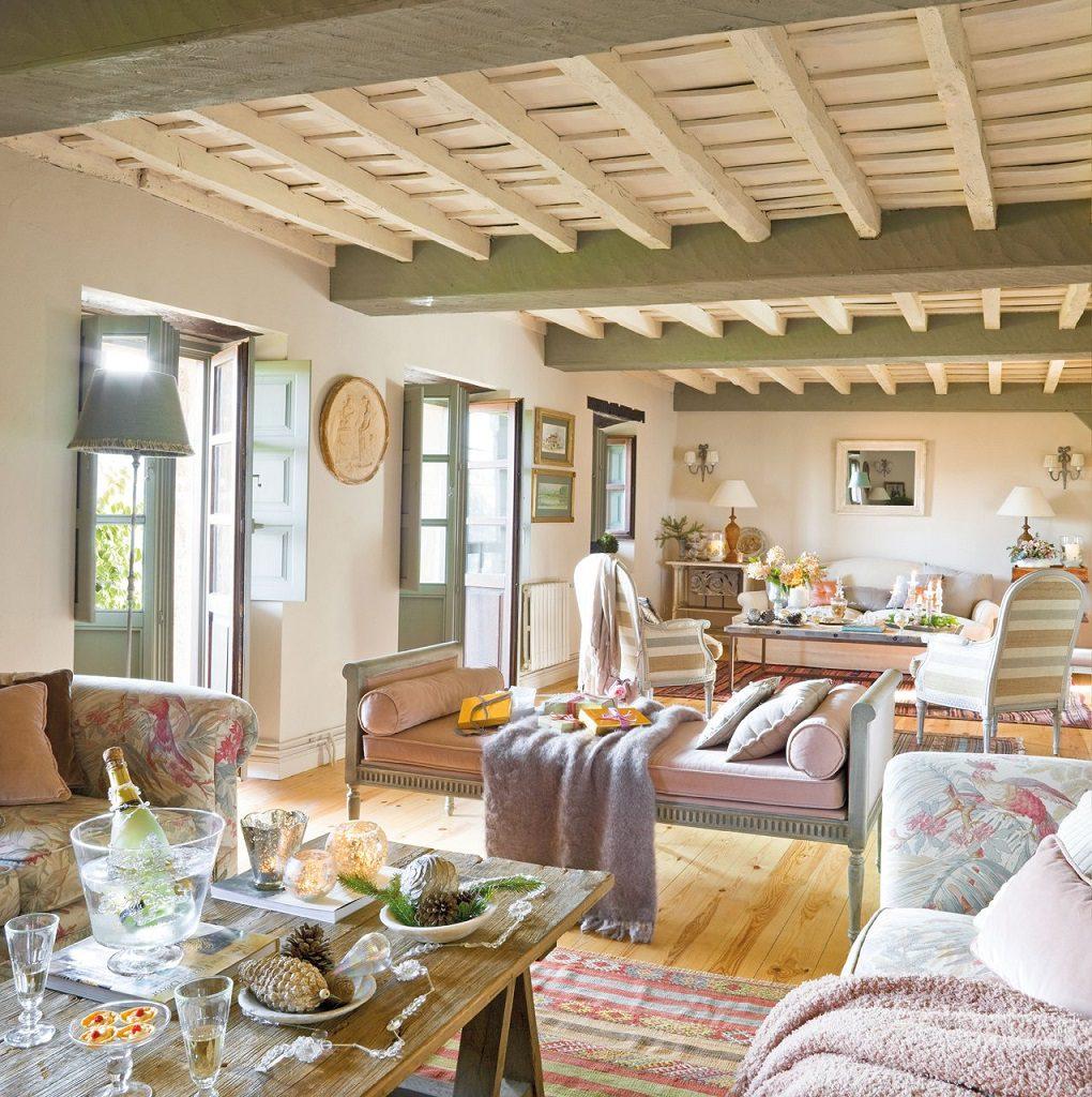 salon 43 1020x1024 - Nochevieja y Año Nuevo en una casa perfecta para una fiesta campestre y romántica