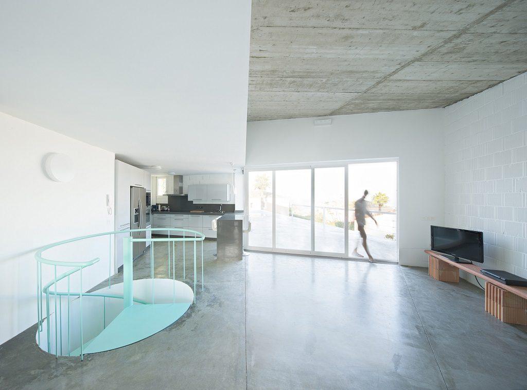 salon 72 1024x758 - Casa de los Vientos: Adaptación para el verano en La Línea de la Concepción (Cádiz)