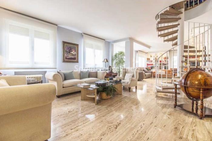 salon 9 - Elegante, amplio y luminoso ático con vistas a todo el skyline de Madrid en Chamartín