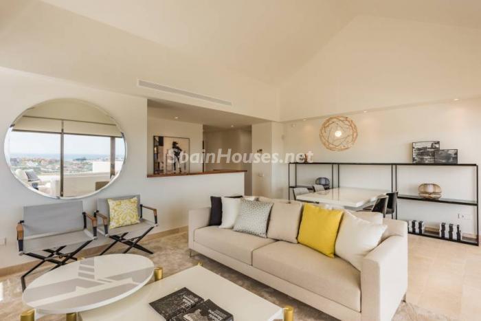 """salon casares - Espectacular terraza de sol, bonito ambiente """"chill out"""" y vistas al mar en Casares (Málaga)"""