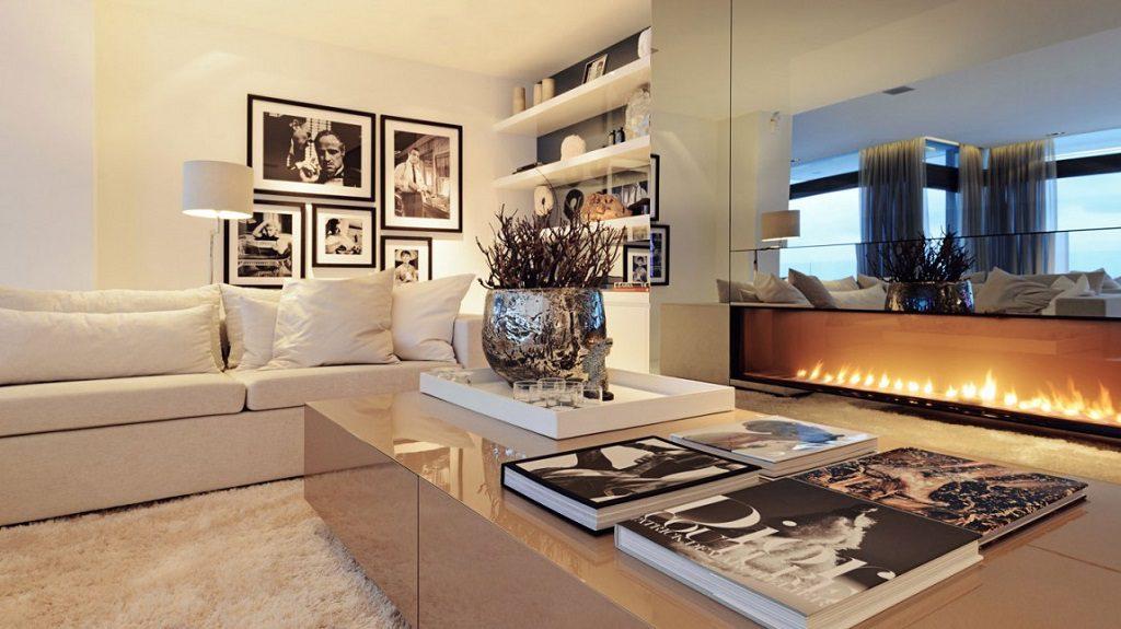 salon chimenea1 1 1024x575 - Altea Hills: Villas de diseño mediterráneo con vistas al mar en Costa Blanca (Alicante)
