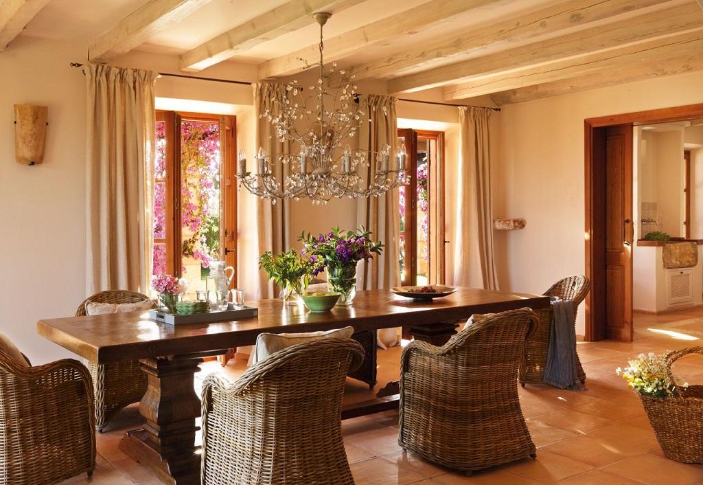 salon comedor11 - Paraíso de luz y buganvillas en una preciosa casa en Santanyí (Mallorca, Baleares)