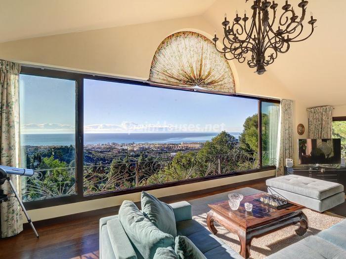 Baño Turco La Serena:Elegante y serena villa en Marbella (Costa del Sol), con vistas al mar