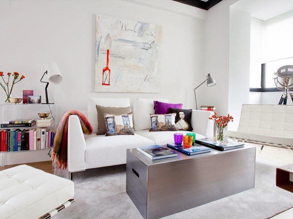 """salon1 1024x766 - Toque """"trendy"""" en Madrid, en un precioso loft cálido, femenino y moderno"""