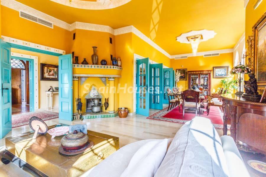 salon1 12 - Estilo mudéjar lleno de encanto en un espectacular chalet en el Aljarafe de Sevilla