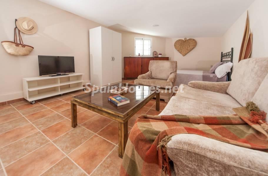 salon1 20 - Sabor canario en una fantástica casa con piscina y jardin en Arona (Tenerife)