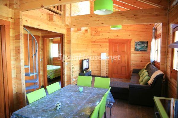 salon127 - Bonita casa de madera finlandesa a los píes de Sierra Nevada (Granada)