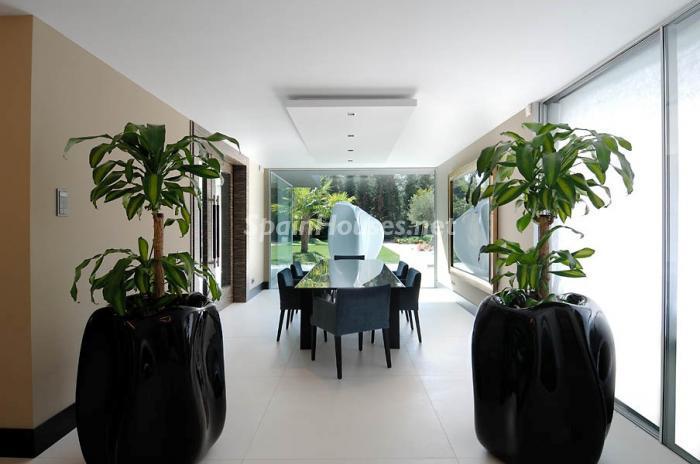 salon15 - Casa de la Semana: Espectacular Villa de lujo en La Moraleja: diseño y exclusividad en Madrid