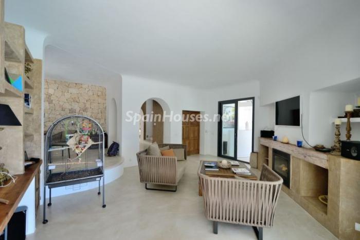 salon151 - Fantástica villa en Cala Vadella (San José, Ibiza): blanca, luminosa y mediterránea