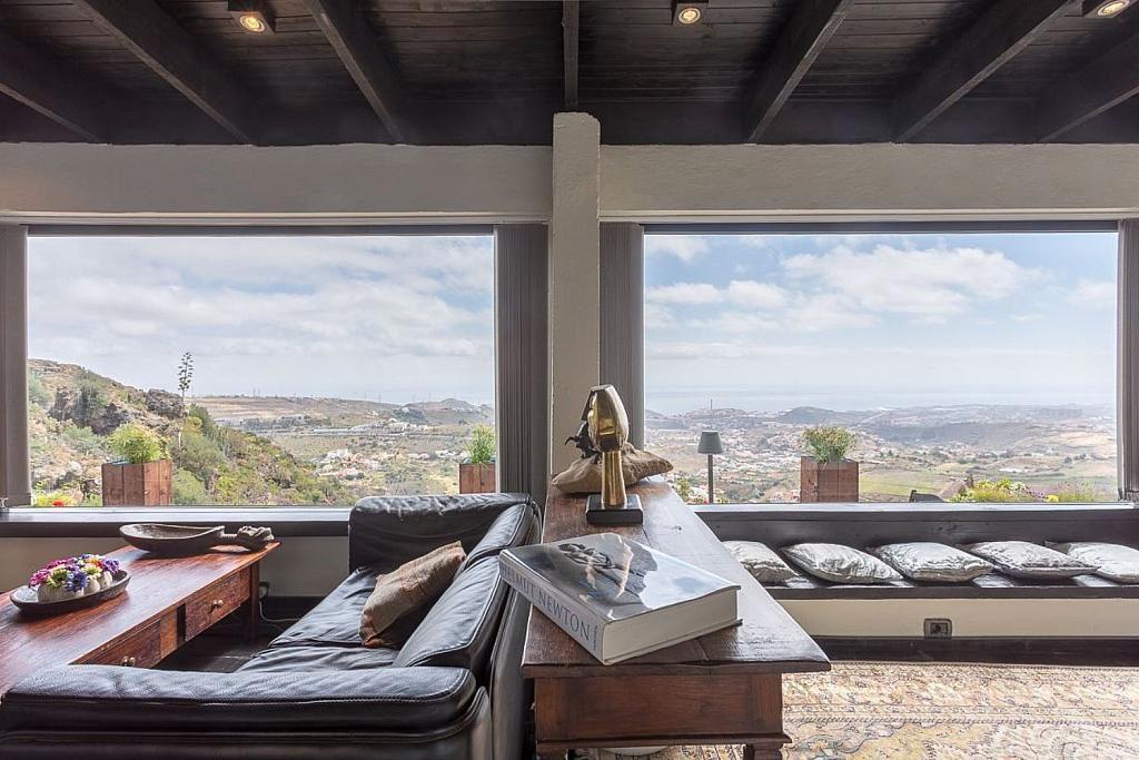 salon2 11 1024x683 - Elegante y sereno toque otoñal en una bonita casa en Tafira, Las Palmas de Gran Canaria