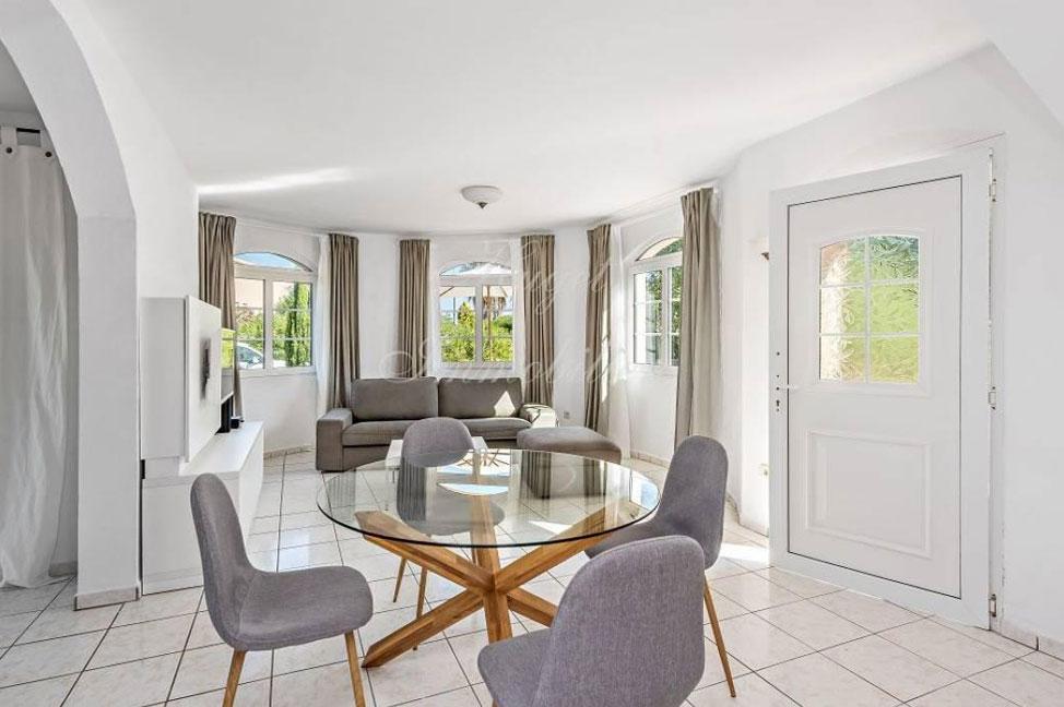 salon2 27 - Maravillosa villa de estilo mallorquín: gran privacidad junto a la costa