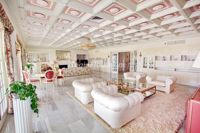 salon2 - Casa de la Semana: Espectacular villa palaciega en Altea, Costa Blanca
