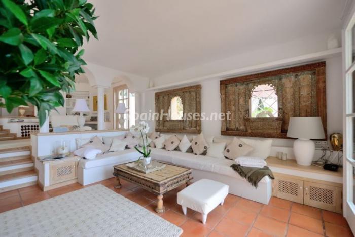 salon310 - Serena y romántica villa en primera línea de mar en Cala Vadella, Ibiza