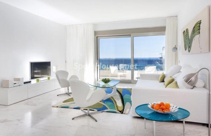 salon34 - Fantástico ático de vacaciones en Playa D'en Bossa, Ibiza (Baleares)