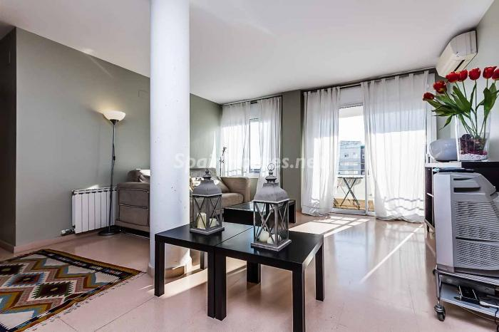 salon42 - Luminoso y acogedor dúplex en alquiler en Diagonal Mar, Barcelona