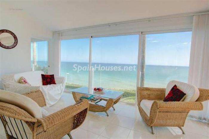 salon61 - Preciosa casa llena de luz junto al mar en Mijas Costa (Costa del Sol, Málaga)