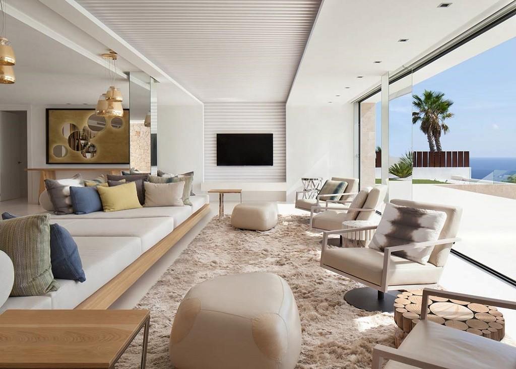 salonyterraza 1024x733 - Espectacular y moderna villa en Roca LLisa (Ibiza): sereno minimalismo con vistas