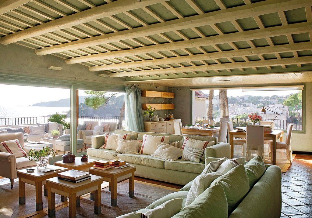 salonyterraza 2 1024x714 - Cálida serenidad en perfecta armonía con el mar en Costa Brava (Girona)