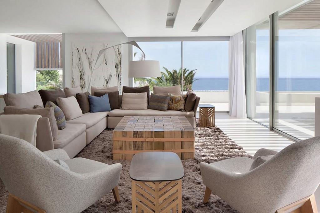 salonyvistas 1 1024x682 - Espectacular y moderna villa en Roca LLisa (Ibiza): sereno minimalismo con vistas