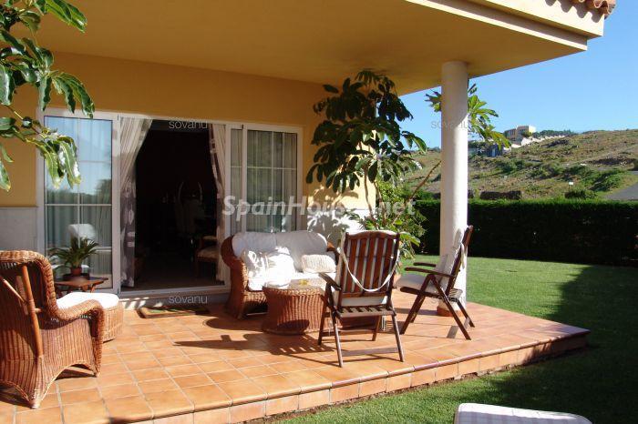 sanbartolome laspalmas - 17 preciosas casas con rincones de encanto y sol para disfrutar los últimos días del otoño