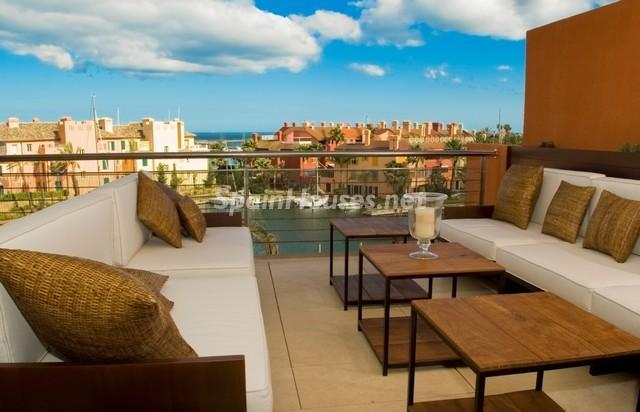 sanroque malaga - Áticos: espectaculares terrazas con un bonito toque urbano o fantásticas vistas al mar
