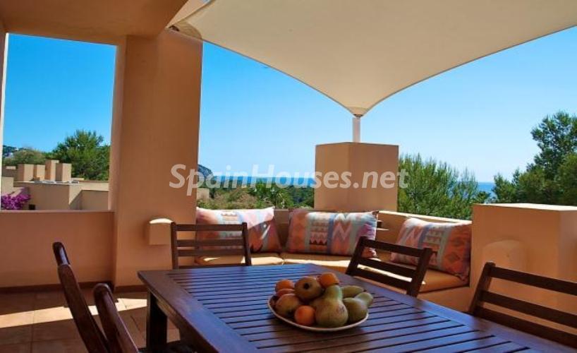 santjosepdesatalaia ibiza1 - Patios y rincones con sabor mediterráneo: espacios de luz y primavera