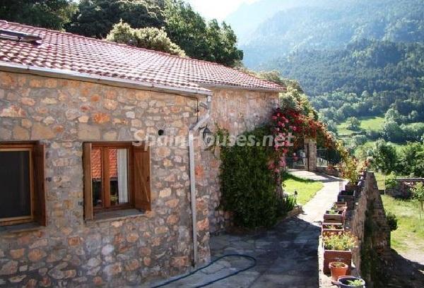 seira huesca - Otoño en 12 preciosas casas en la montaña ideales para disfrutar de la naturaleza