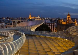 sevilla parasol 300x211 - La vivienda en Sevilla cuesta un 37,7% menos que antes de la crisis