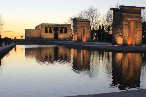 temple 968929 960 720 1 600x400 - Los destinos españoles más románticos para tu escapada de San Valentín