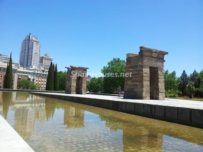 templodedebog-plazadeespana-madrid
