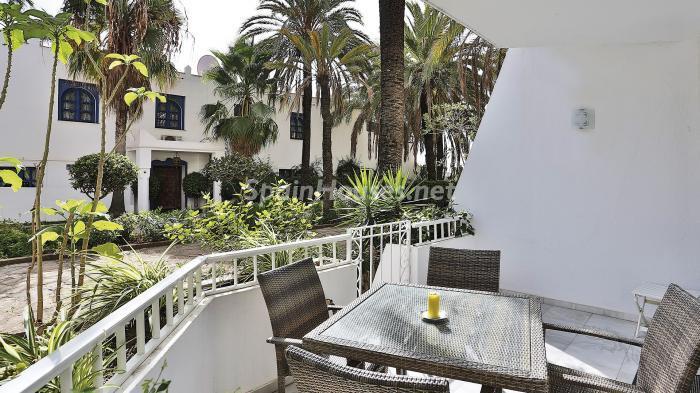terraza 1 - Precioso apartamento con decoración elegante y serena junto al mar en Marbella