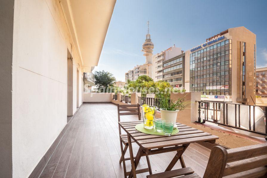 terraza 34 - Home Staging de detalles cálidos en un bonito piso reformado en Cádiz capital