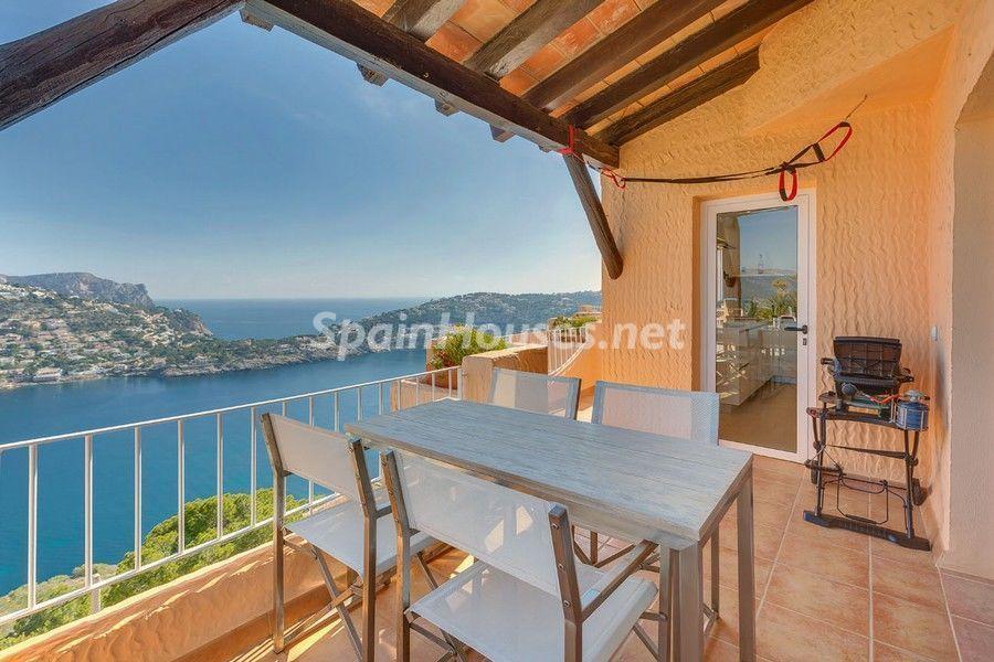 terraza barbacoa - Terraza de sol y geniales vistas al mar en Puerto de Andratx, Mallorca (Baleares)