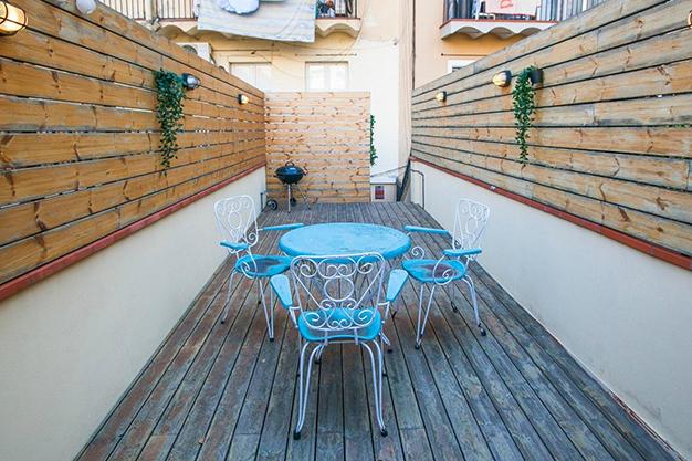 terraza barcelona - Apartamento con terraza en Barcelona: modernidad en un barrio de arquitectura majestuosa