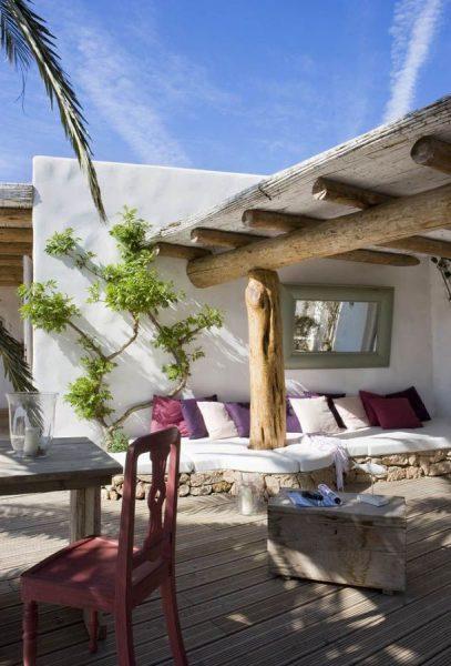 terraza estilo ibicenco 1469925 407x600 - La terraza perfecta sin importar el tamaño