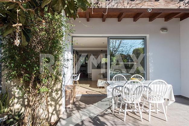 terraza ibiza sta eulalia - Dúplex de lujo junto al mar en Ibiza: vanguardia y naturaleza en un espacio único