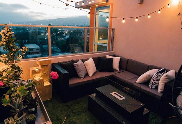 terraza iluminada - Ideas para decorar espacios exteriores este verano