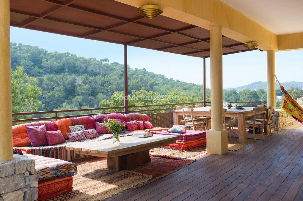 Relax, mediterráneo y verano en una casa en Roca Llisa, Santa Eulalia (Ibiza)