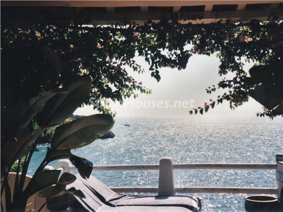 terraza relax - Casa de la Semana: Bonito adosado en primera línea de mar en Cala Crancs, Salou (Tarragona)
