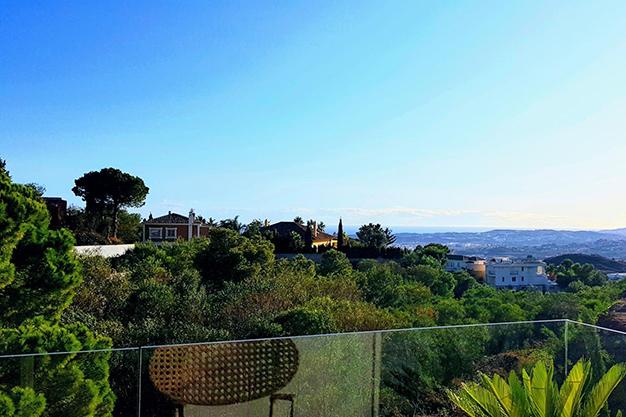 terraza villa benalmadena - Disfruta de la naturaleza y el mar en esta villa de lujo en Benalmádena (Málaga)