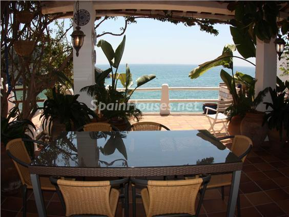 terraza vistas - Casa de la Semana: Bonito adosado en primera línea de mar en Cala Crancs, Salou (Tarragona)
